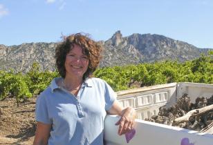 Katie Jones, vigneronne